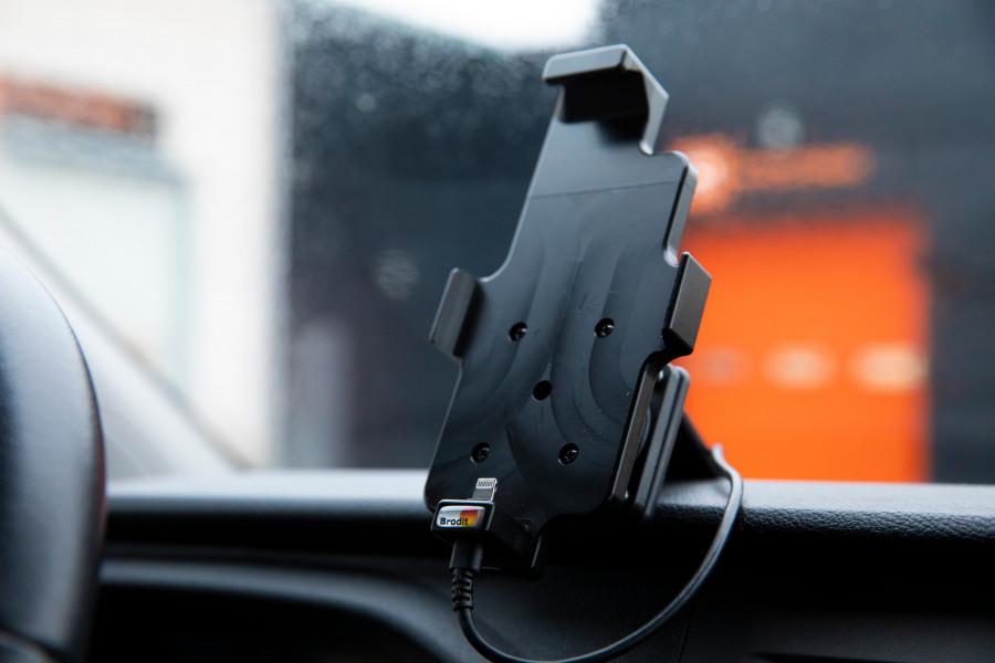Produkter til førermiljøet, som gør din bil til et komplet mobilt kontor