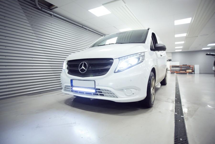 Ekstra lys og LED-ramper på din arbejdsbil eller personbil